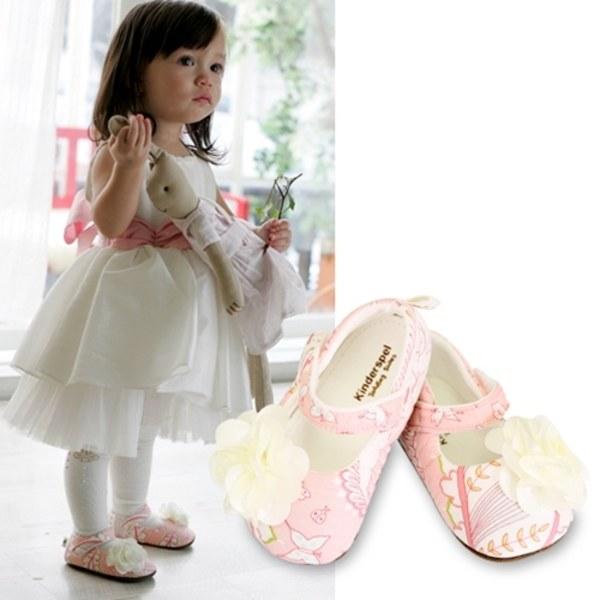 Kinderspel 設計師款‧寬頭柔軟學步鞋 (粉嫩小公主-精緻花)